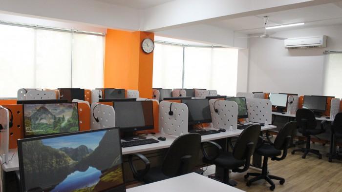 IMG_3849 - SIS Computer Lab