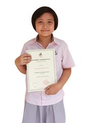 Pham Hoang Minh Khue_class 4B_3 Years Academic Champion 2010, 2011, 2012