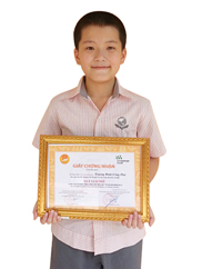 Truong Dinh Cong Phu_class 5B_3 Years Academic Champion_2010,2011,2012 and 2nd Place English Olympic, Ba Dinh District